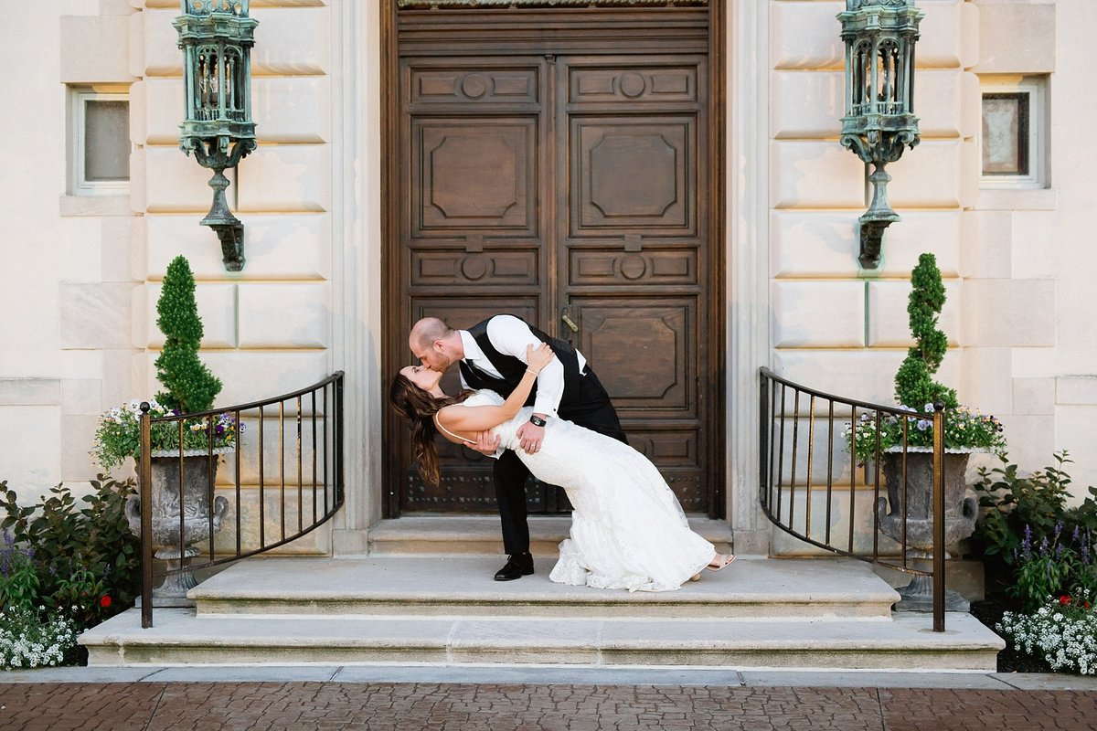 Shuster-Wedding-Grosse-Pointe-War-Memorial-Breanne-Rochelle-Photography158