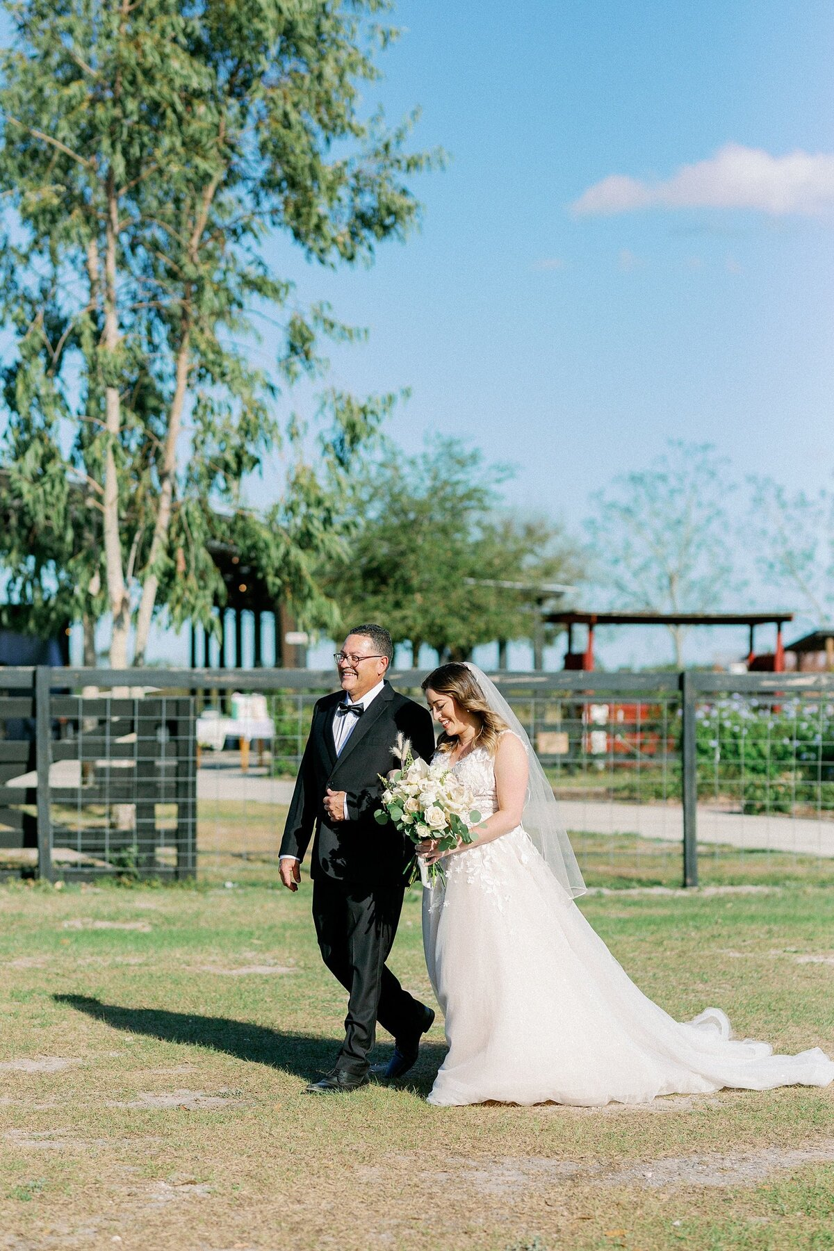 Jorge + Raiza Cruz Wedding Hasting Ranch St. Cloud Florida Photographer Casie Marie Photography Sneak peek-59