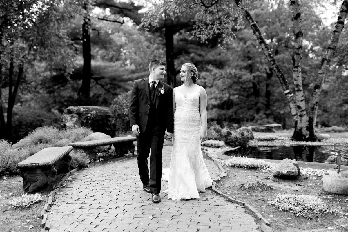Jordan-Ben-Pine-Knob-Mansion-Clarkston-Michigan-Wedding-Breanne-Rochelle-Photography91