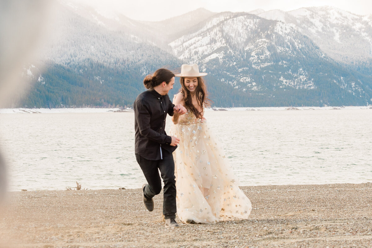 Cle-Elum-Washington-Lake-Elopement-Photographer-Photography-66