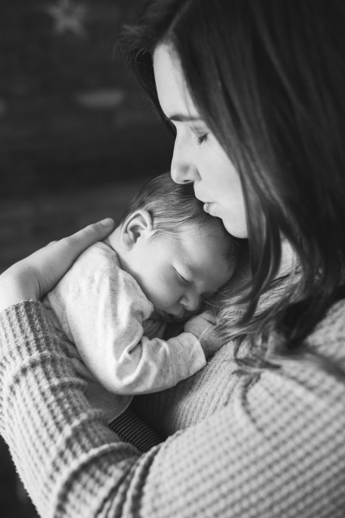 Laura-Klacik-Photography-Lifestyle-Newborn-Photos-44