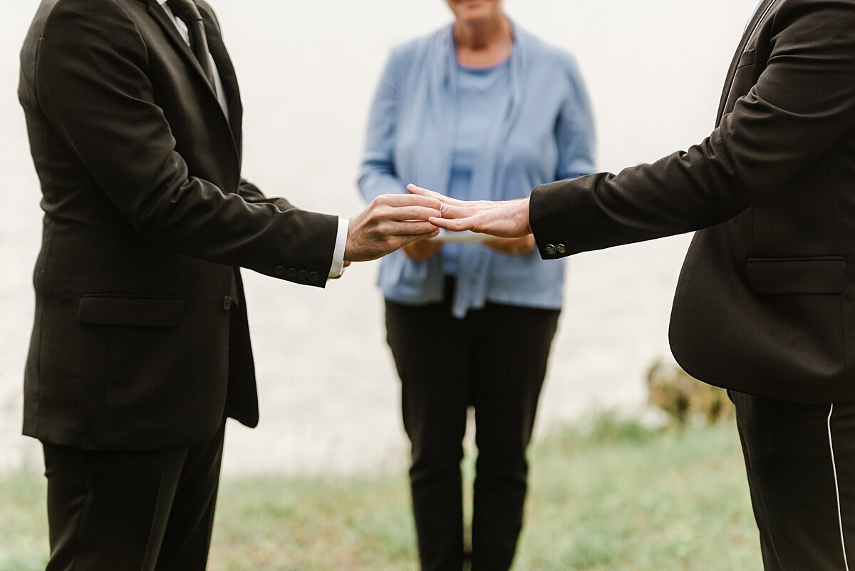 cape-cod-elopement-micro-wedding-photo_0015