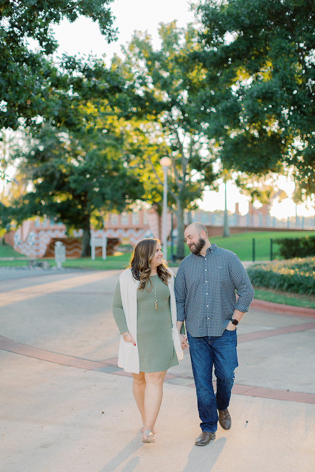 Larisa_+_Craig_Disney_Epcot_Boardwalk_Resort_Engagement_Session_Photographer_Casie_Marie_Photography-85