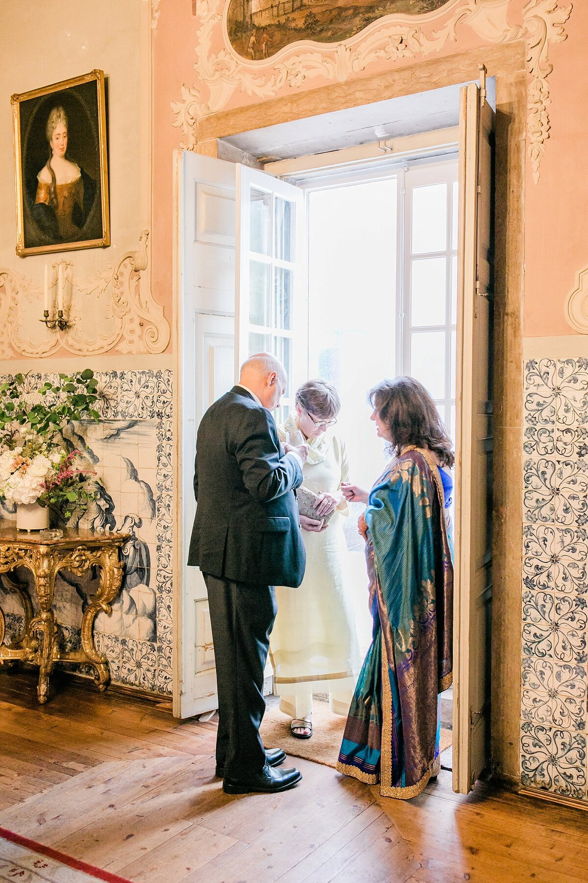 Lisbon-Multicultural-Elegant-Wedding-LauraClarkePhotos_0114