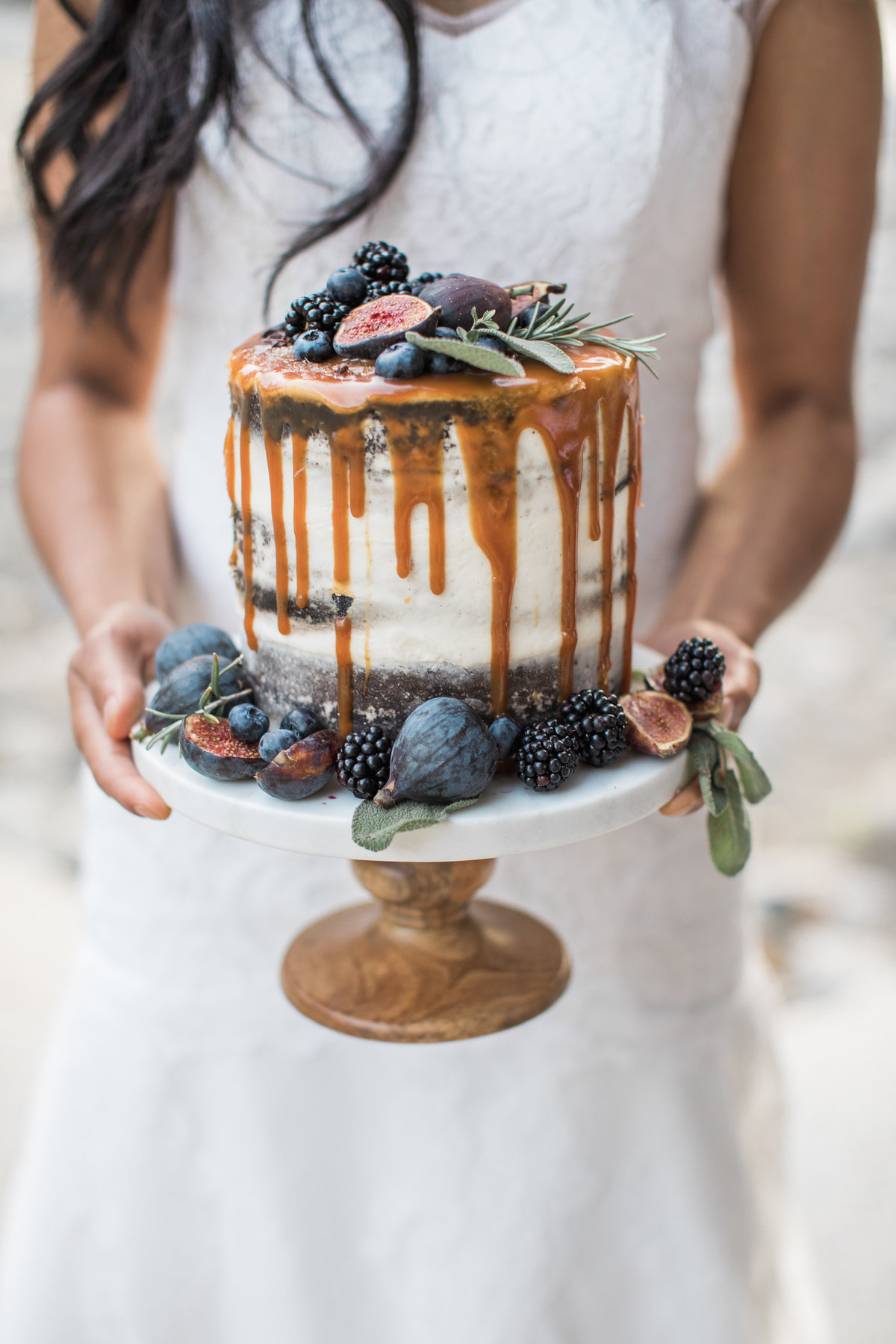 Snohomish_Wedding_Photographer_fall_inspired_naked_cake