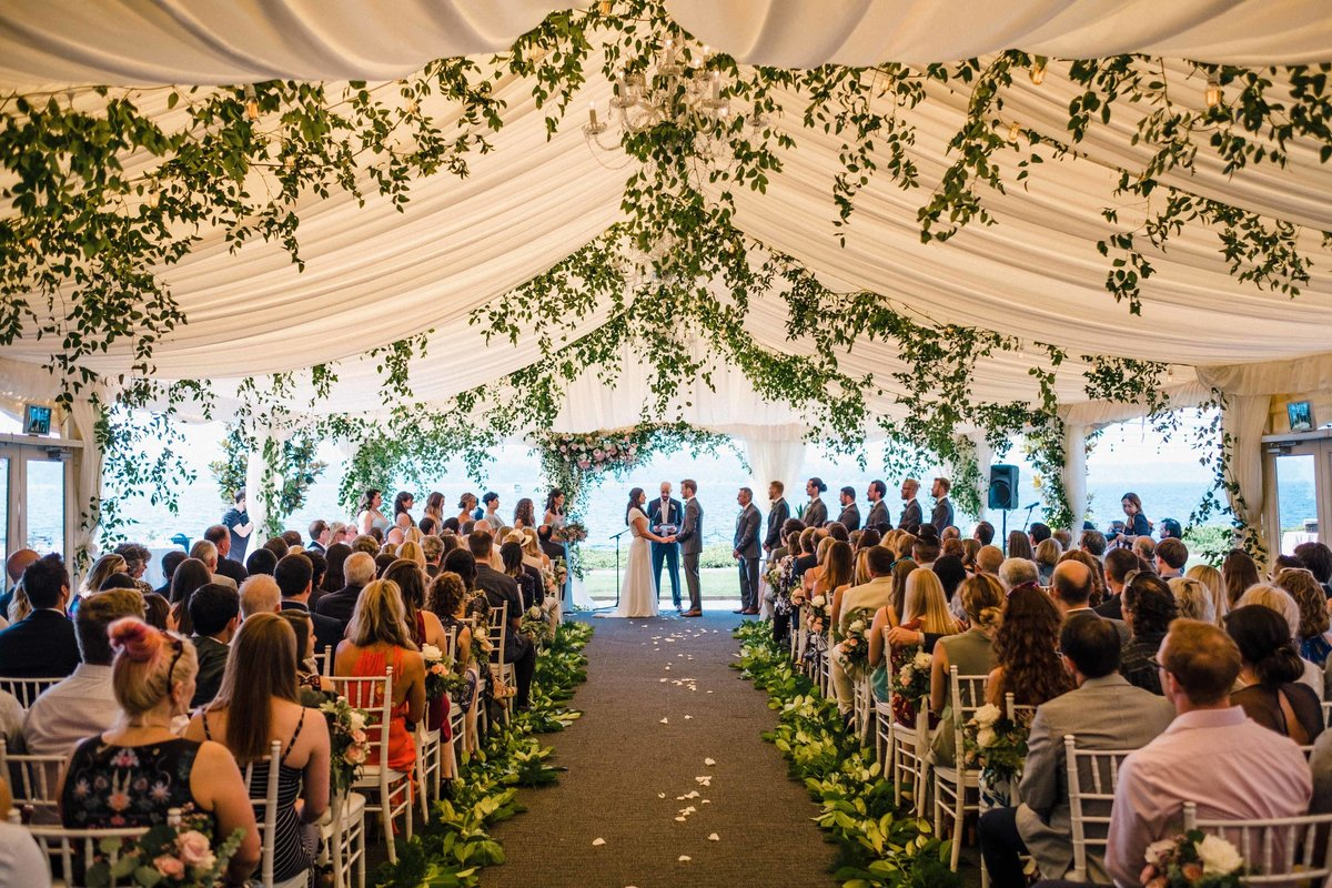 41greenery-summer-tent-wedding-flora-nova-design