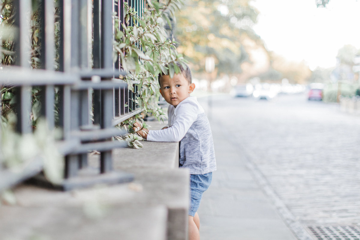 Downtown-Charleston-Family-Photos-Laura-Ryan-Photography-35