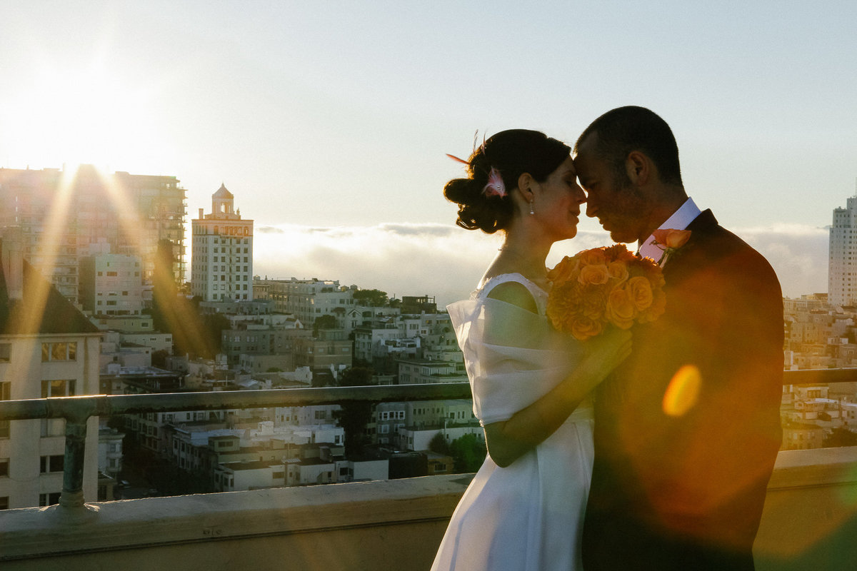 Rooftop wedding on a highrise in San Francisco