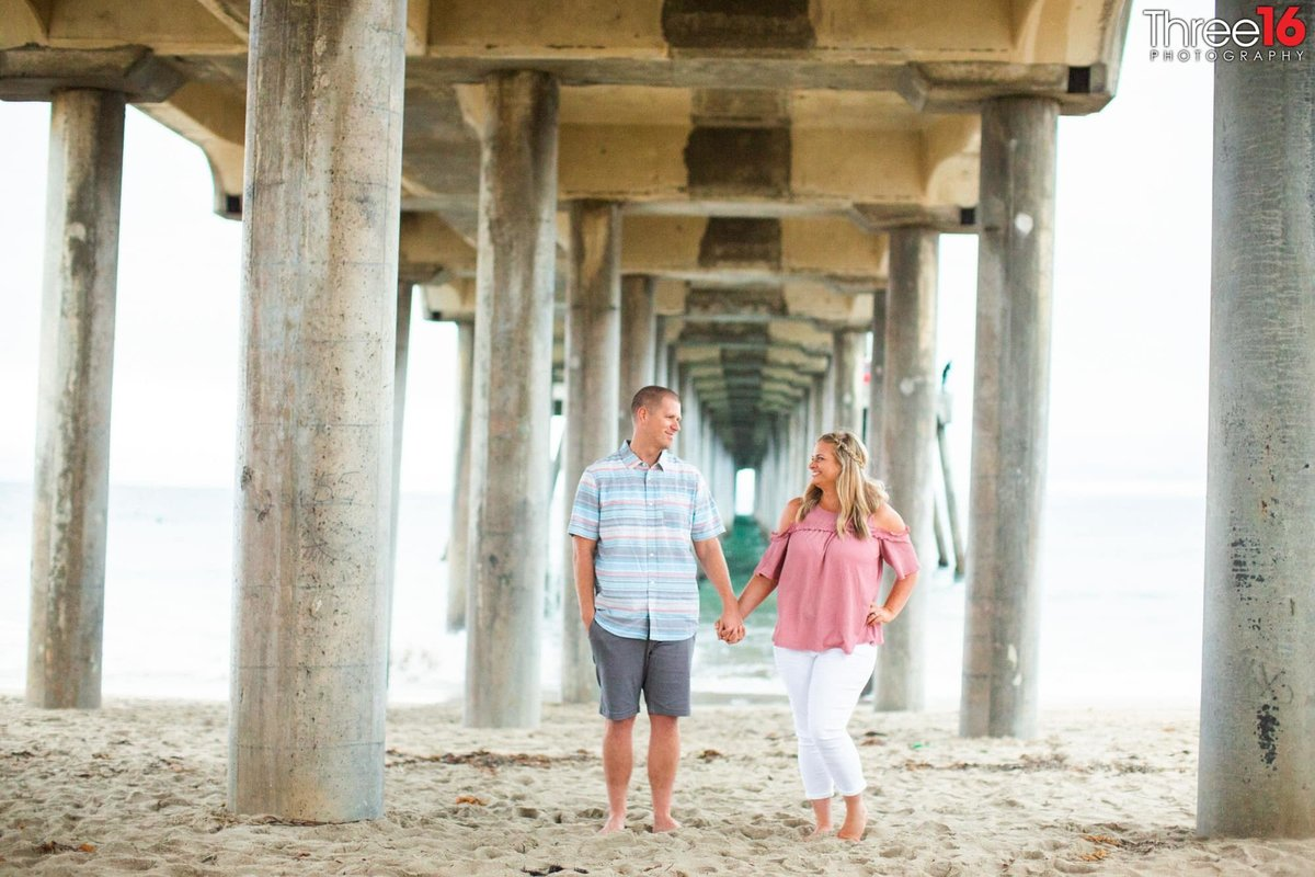 Huntington Beach Pier Engagement Photos Orange County Weddings