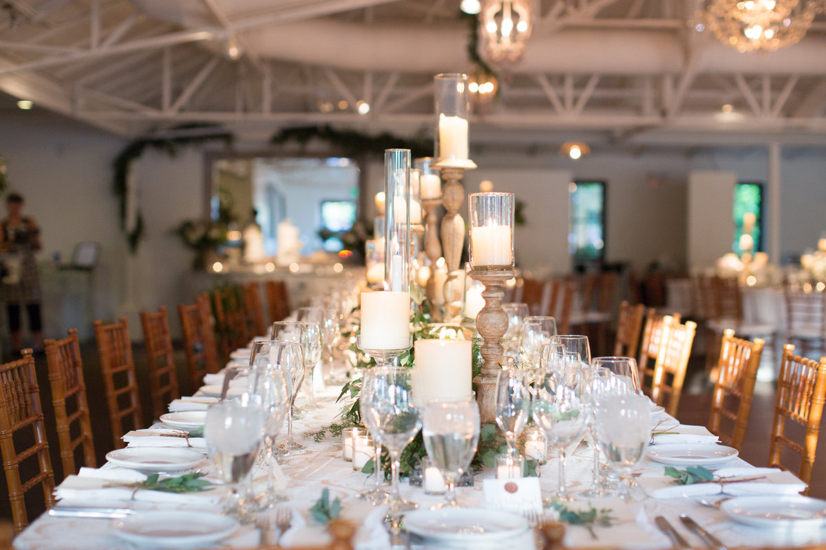 El chorro lodge El chorro wedding Lincoln road Paradise valley wedding Scottsdale wedding Flower studio Glamour and wood Celebrations in paper Stephanie fay photography Ruze cake house La tavola linens