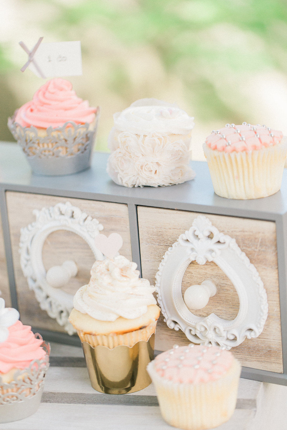 Lace Metallic Cupcake Liners Wedding Reception