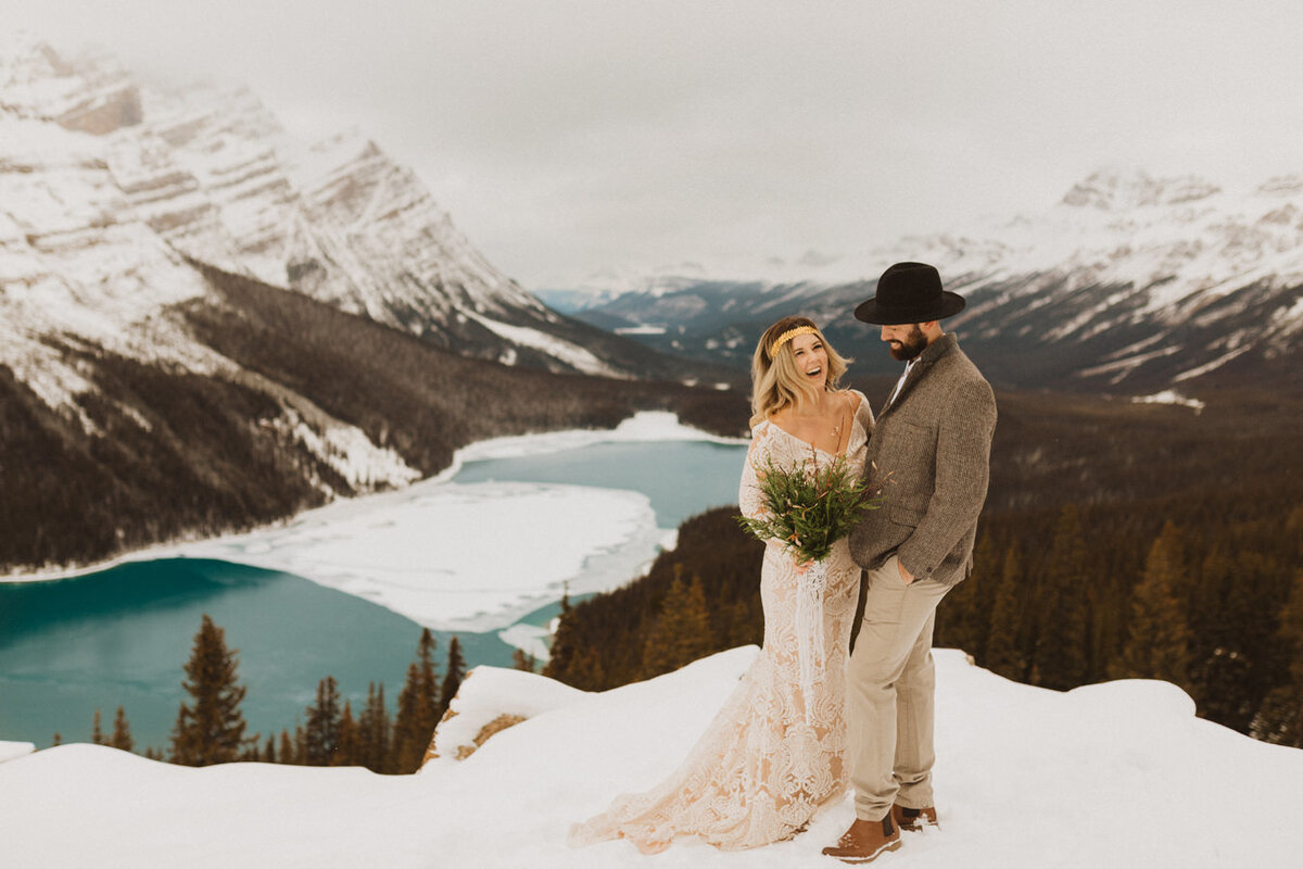 liv_hettinga_photography_peyto_lake_elopement-2