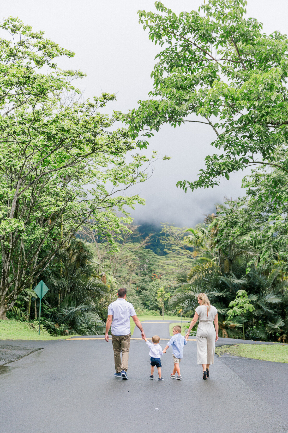 Blog-hoomaluhia family session by hawaii family photographer veronica ilioi photography-0014