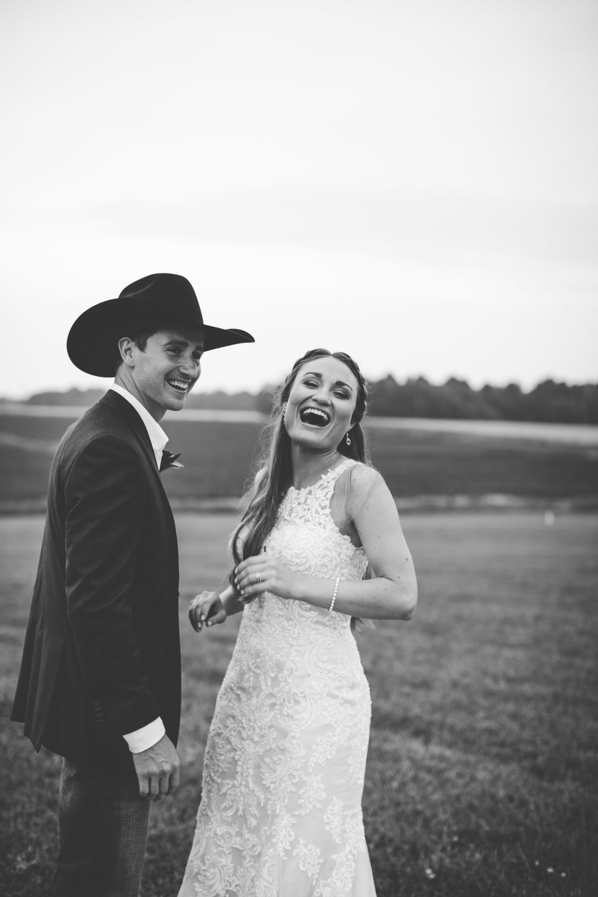 Nsshville Bride - Nashville Brides - The Hayloft Weddings - Tennessee Brides - Kentucky Brides - Southern Brides - Cowboys Wife - Cowboys Bride - Ranch Weddings - Cowboys and Belles074