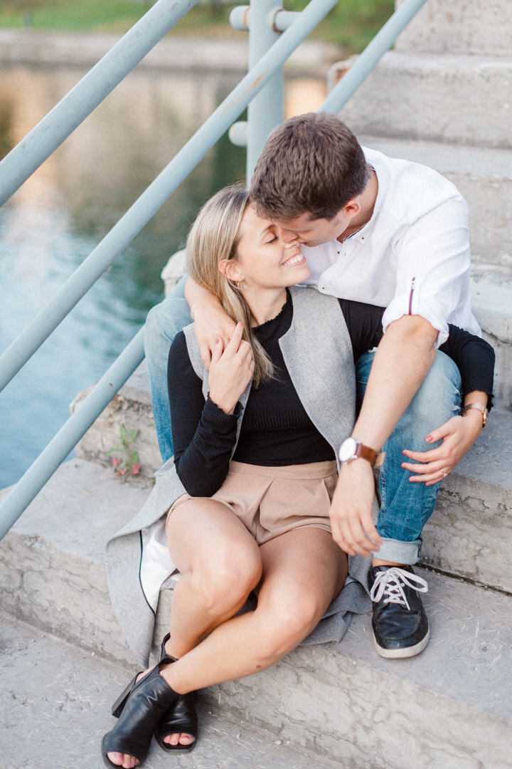 junophoto_old_montreal_engagement_session-002
