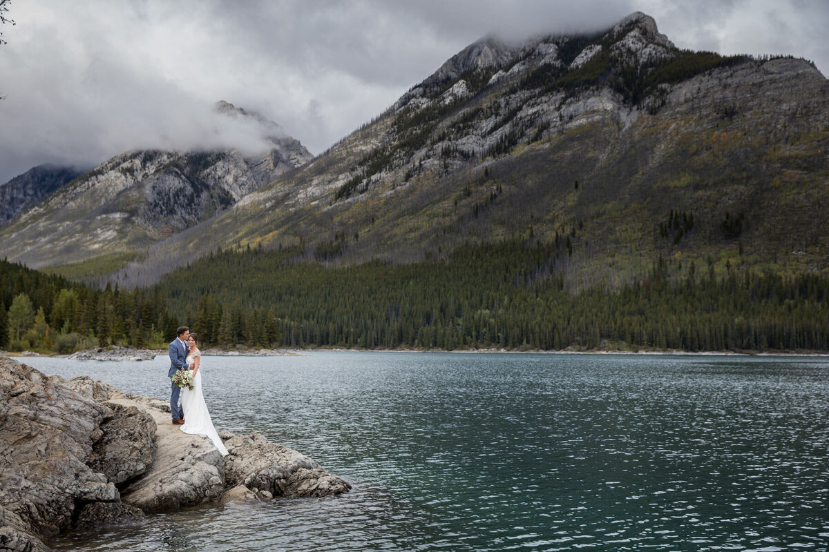 Lake Minnewanka Elopement - Banff Elopement Planner