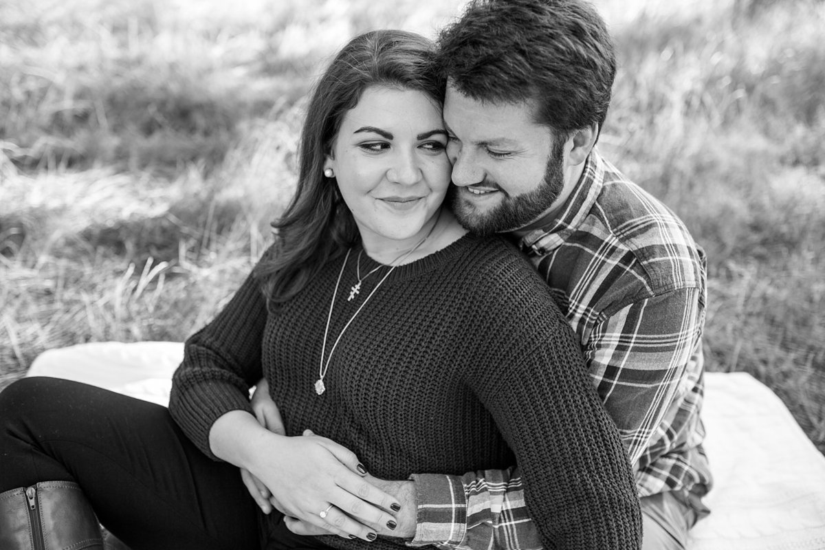 Seattle-engagement-photographer-Discovery-Park