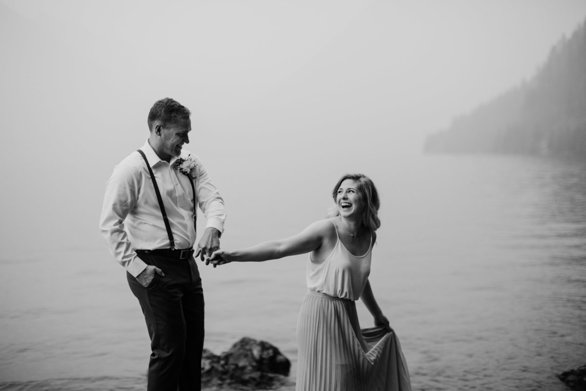 Lake-Cushman-Olympic-National-Park-Elopement-15