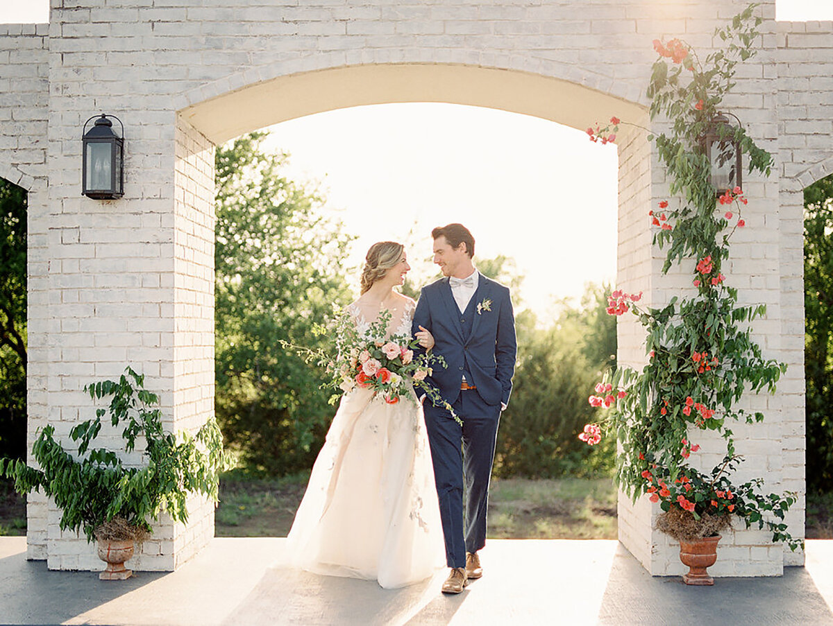 Allora & Ivy Event Co |  Dallas Wedding Planners & Event Designers | Summer Sunset Inspiration at The Grand Ivory