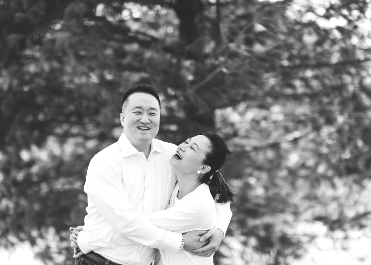 Des-Moines-Iowa-Family-Photographer-Theresa-Schumacher-Photography-Asian-Family-Parents