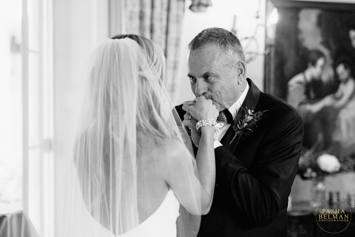 First Look at The William Aiken House Wedding with Father of the Bride