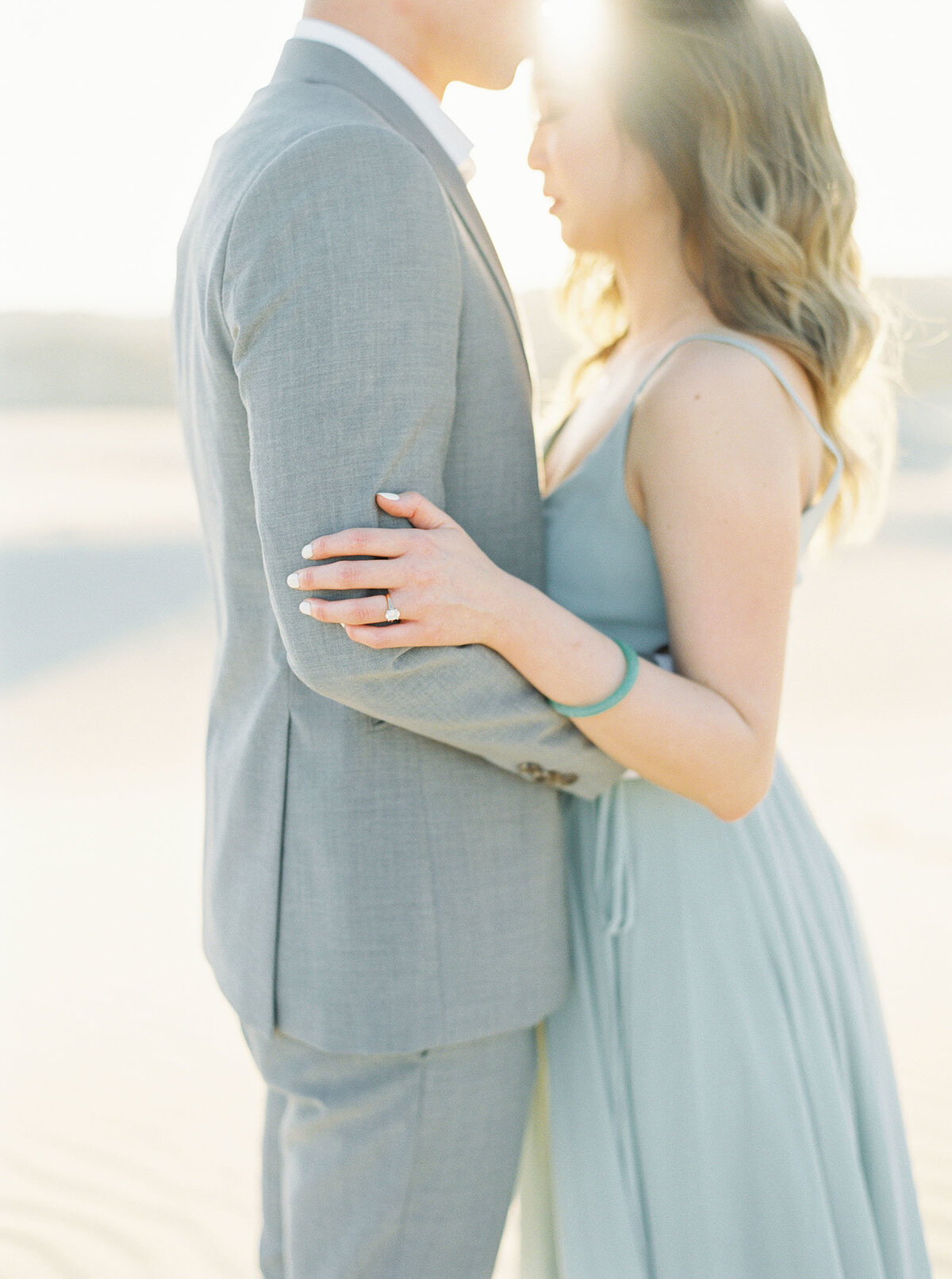 sand-dune-engagement-photos-20