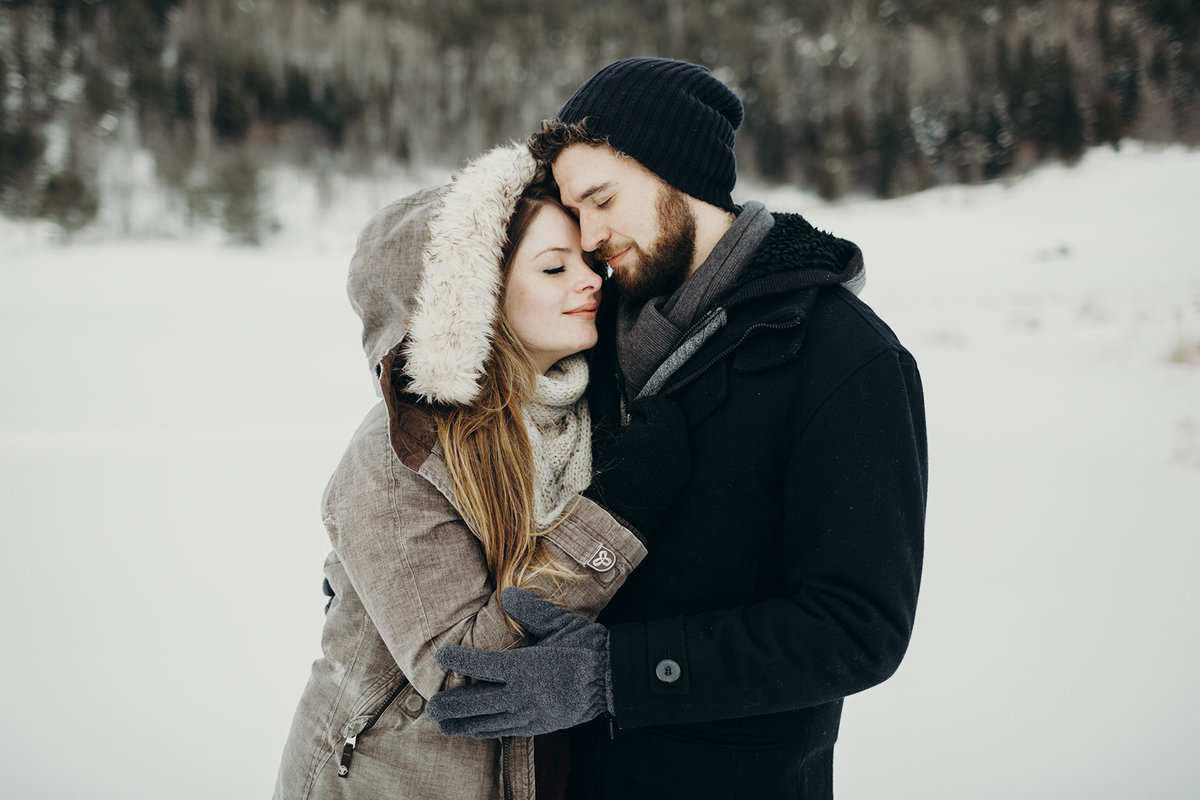 beautiful winter engagement