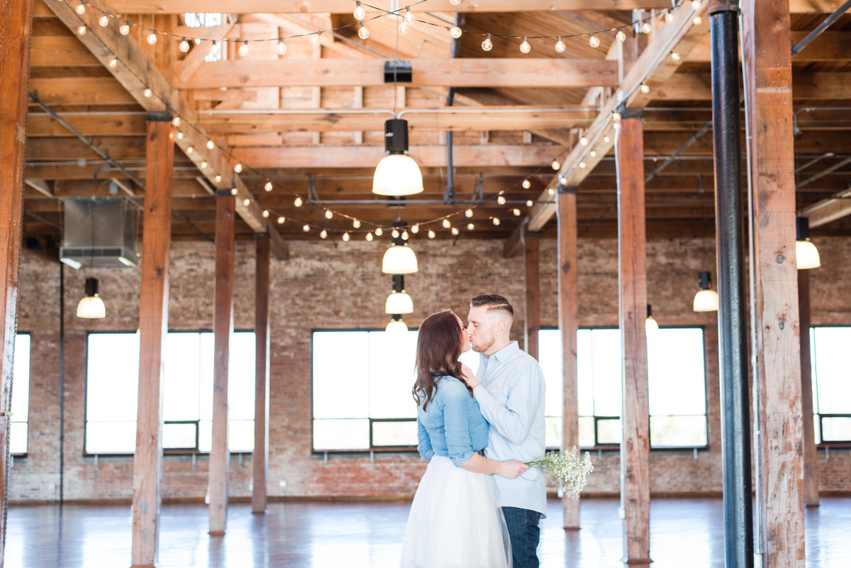 Indianapolis Couples Photographer Cait Potter Creative LLC Biltwell Event Center-6