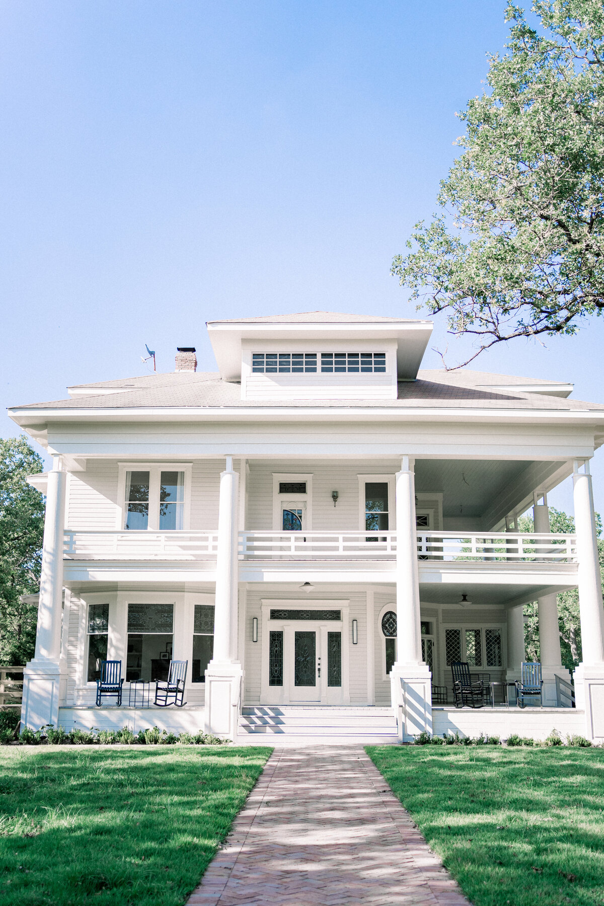 Austin Wedding Venue The Grand Lady in Manor Texas 94