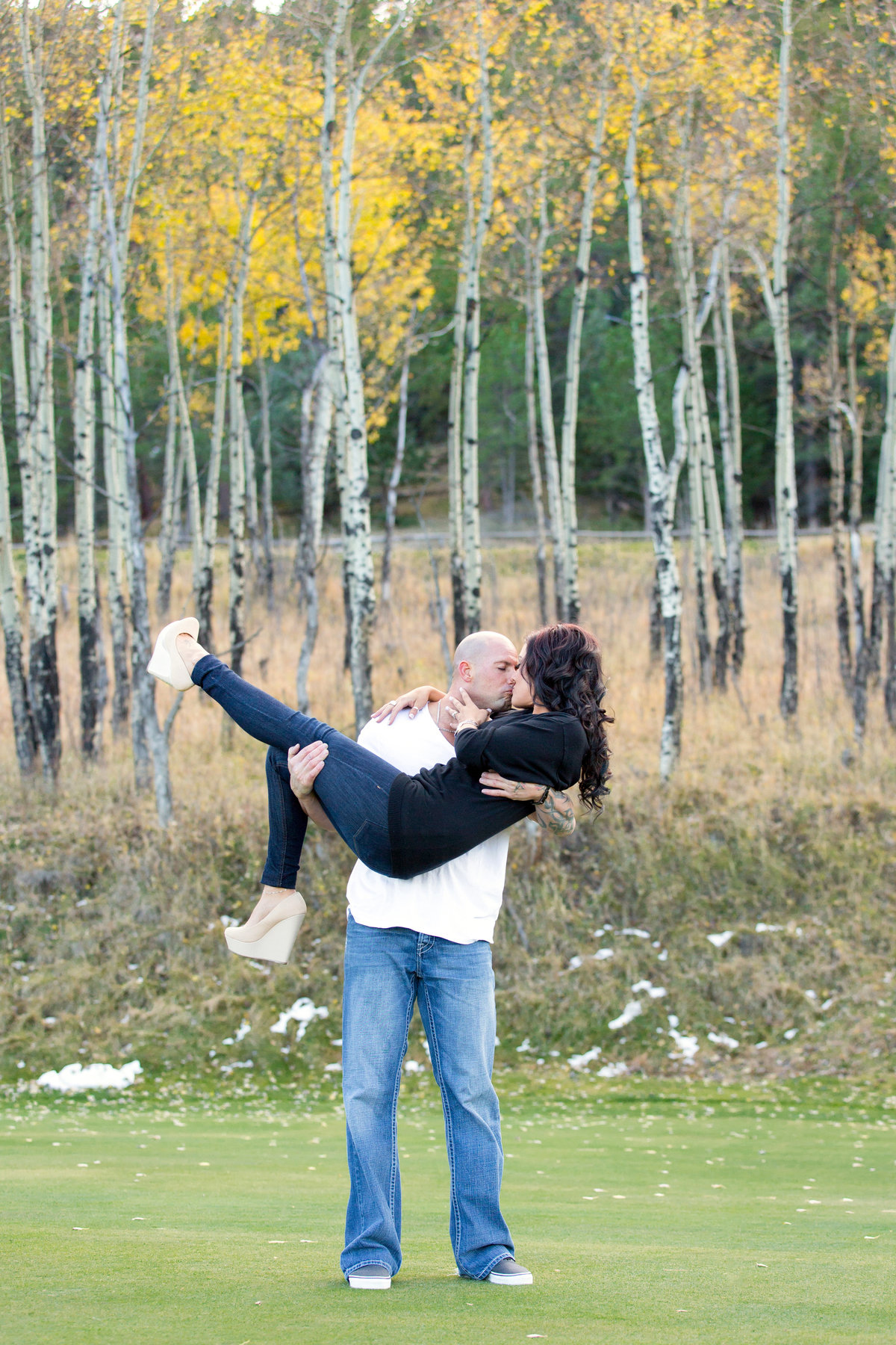 aspen-trees-engagement-photos