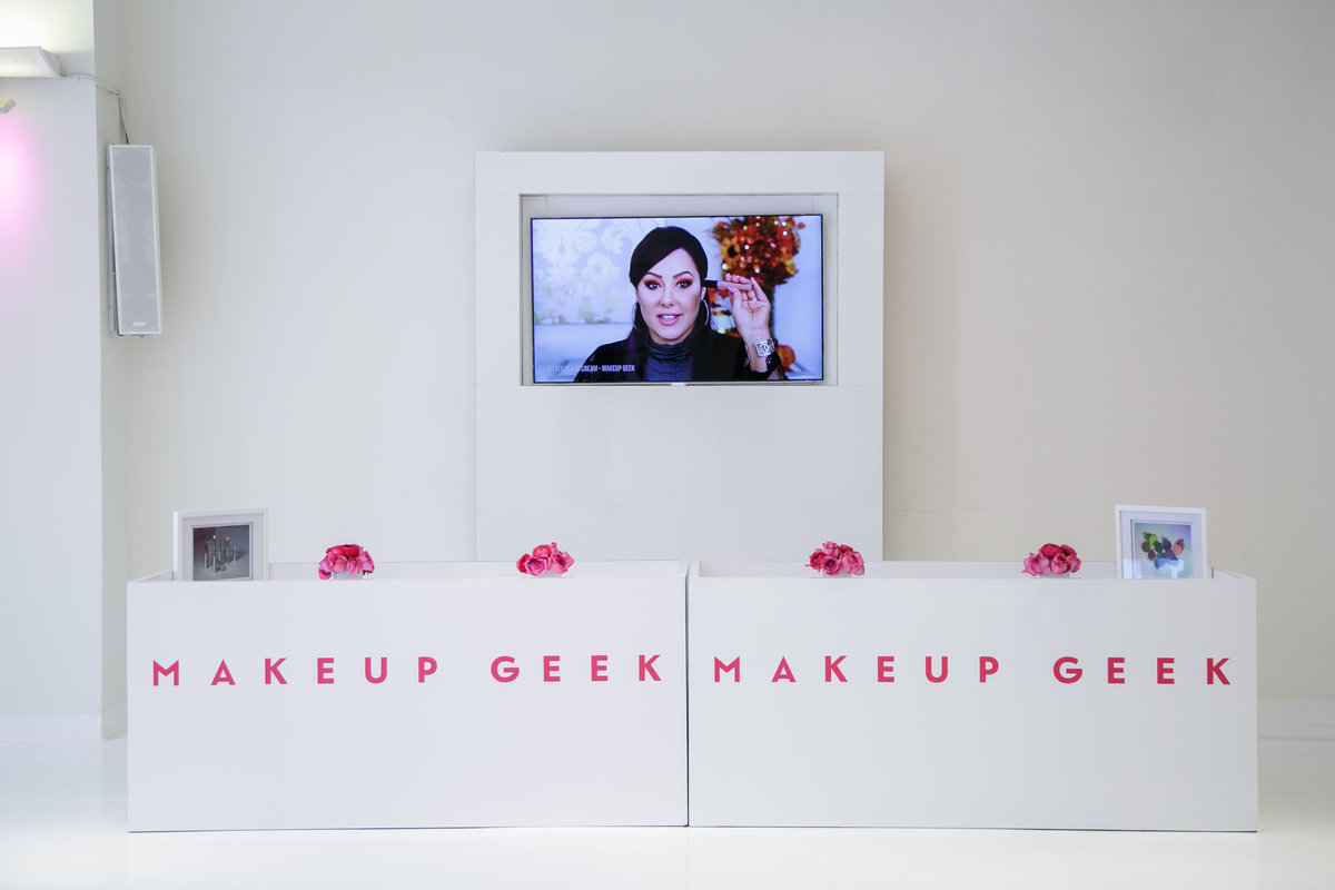 Savvy Events Los Angeles Event Planner Makeup Greek Pop Upuntitled-87