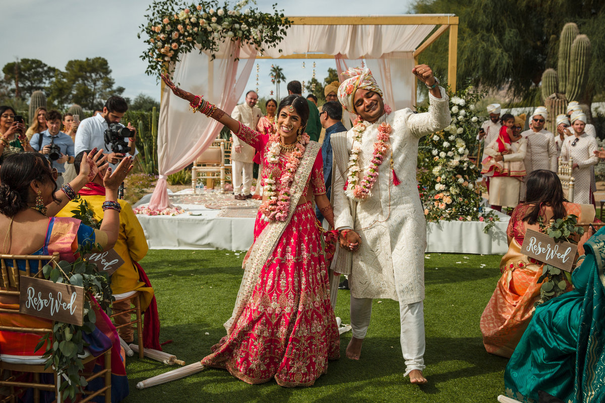 Indian-Hindu-Ceremony-Wedding-Photos-Scottsdale