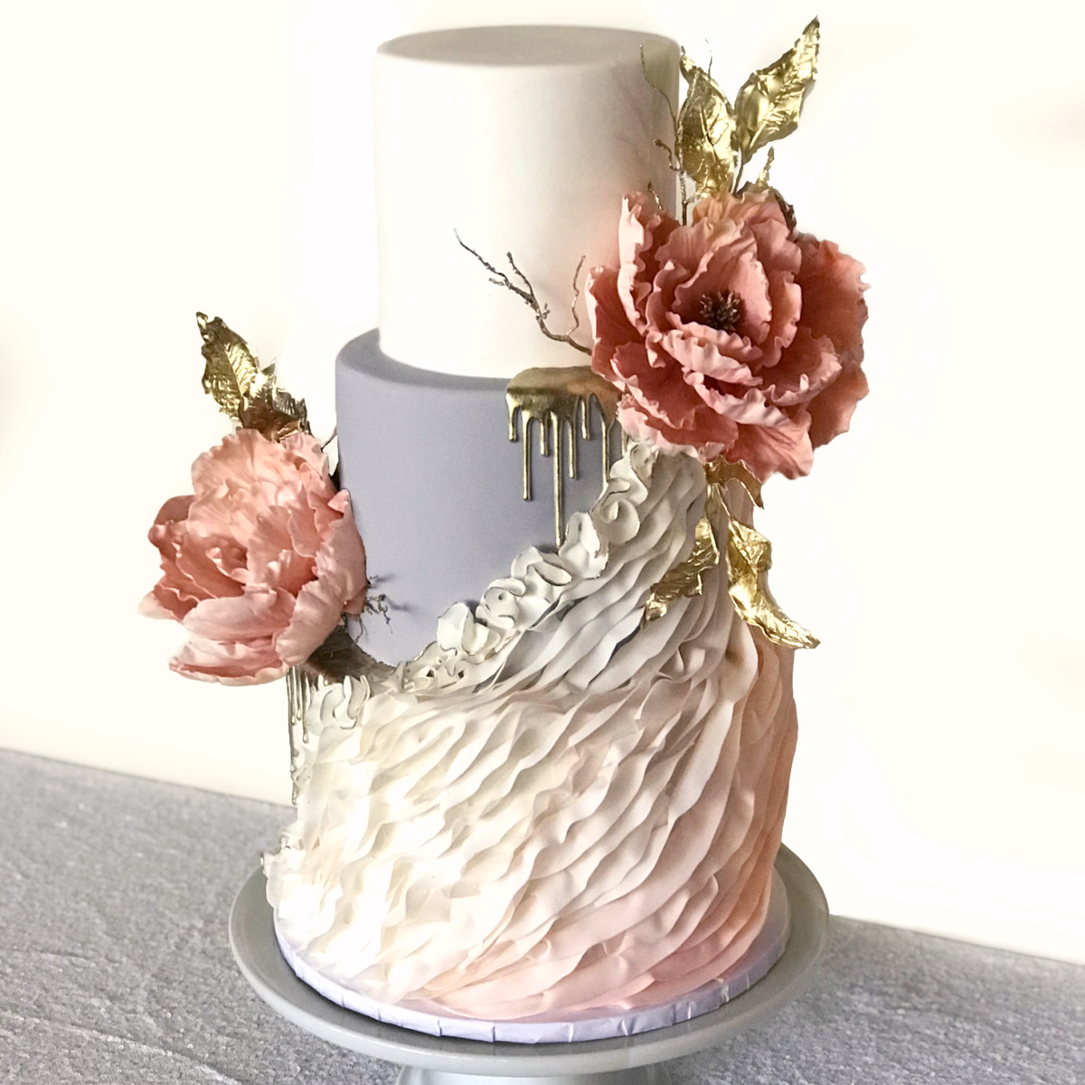 Whippt Desserts - Wedding Cake June 2019 - middle