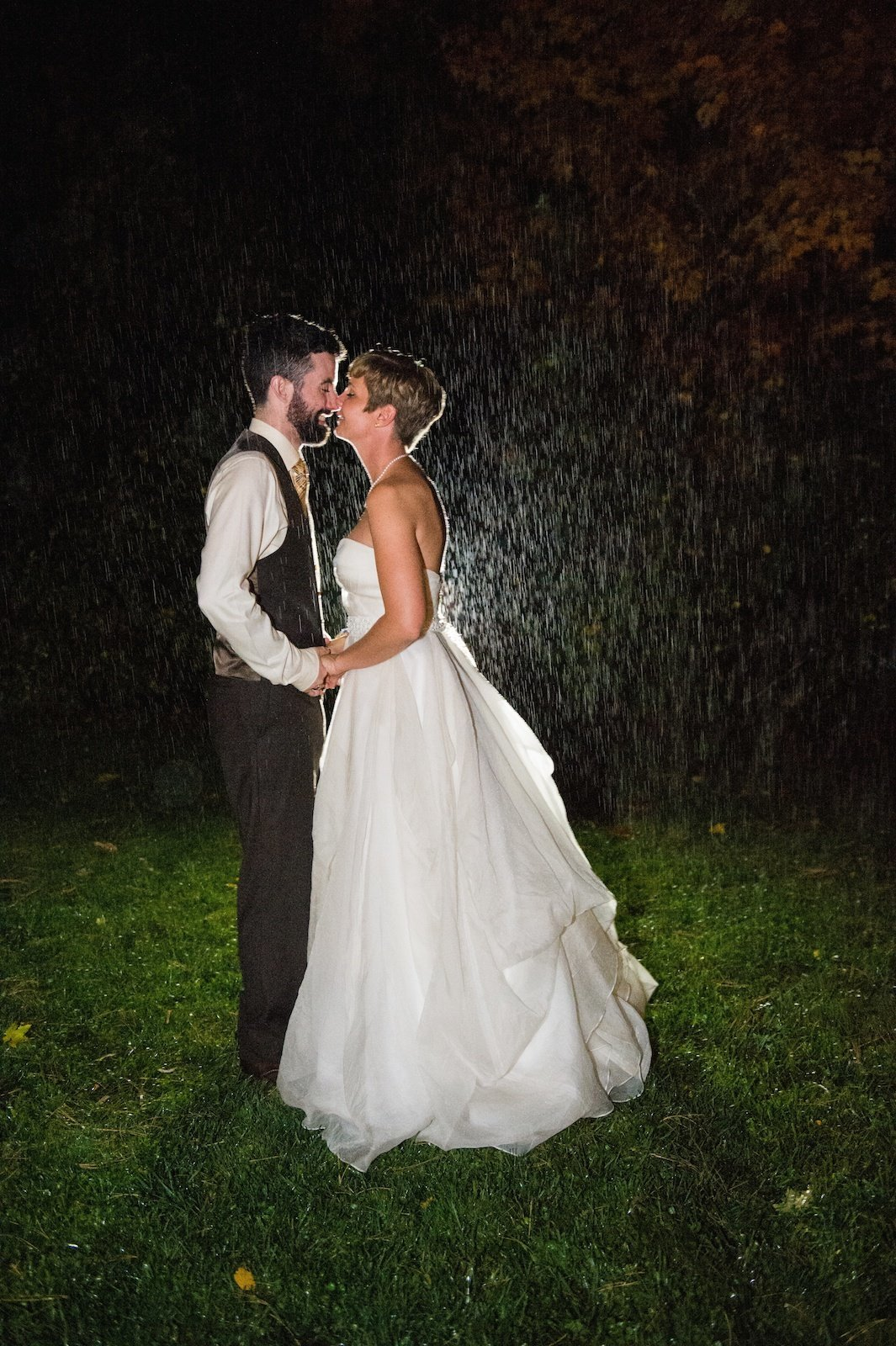 after dark creative wedding photo  at the 1824 House