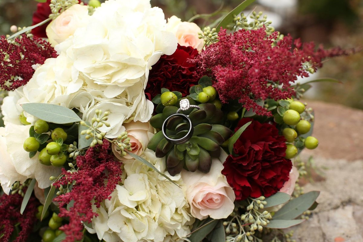wedding bouquet / megan threet wilson photography