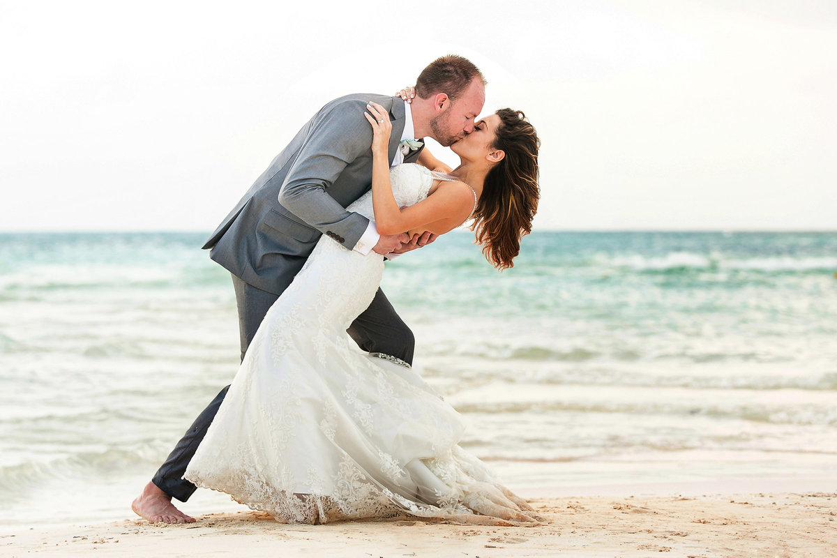 117-omni-cancun-hotel-and-villas-wedding-photos-brittney-shawn