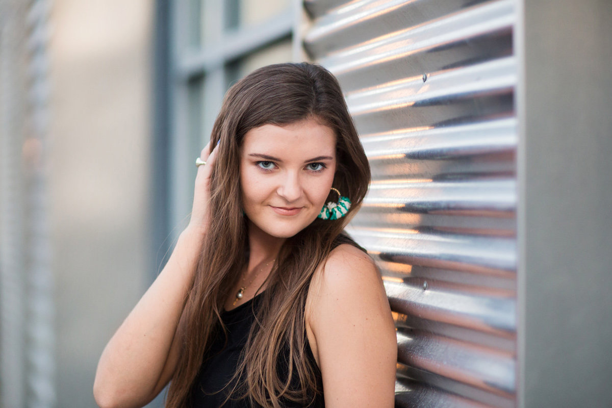 L Photographie high school senior photos midtown St. Louis 77