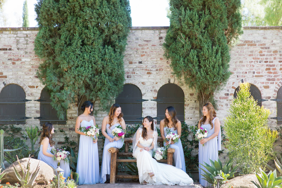 Hummingbird-Nest-Ranch-Malibu-Wedding-Photographer-043