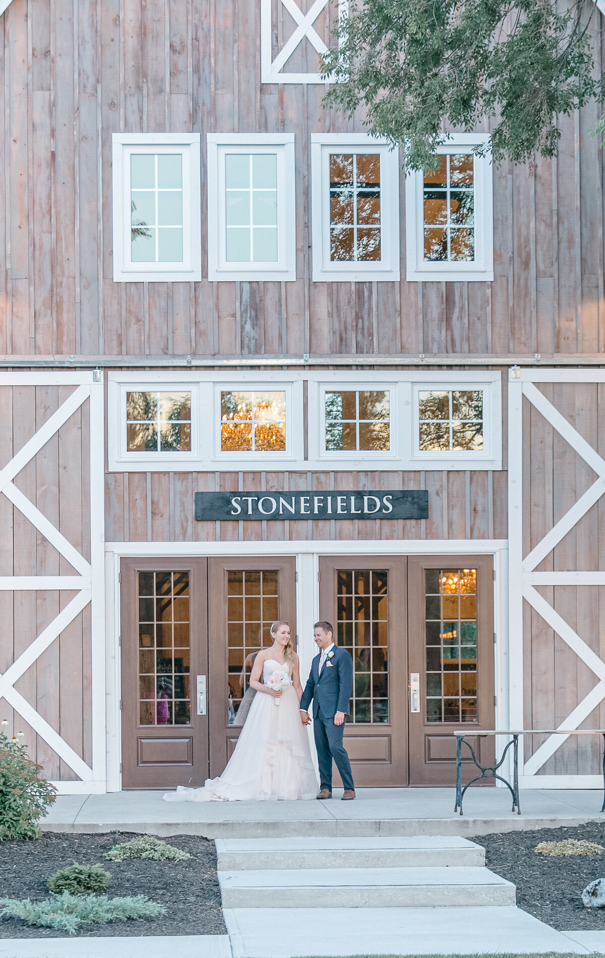 Stonefields-weddings-events-beckwith-wedding-light-airy-grey-loft-studio-90