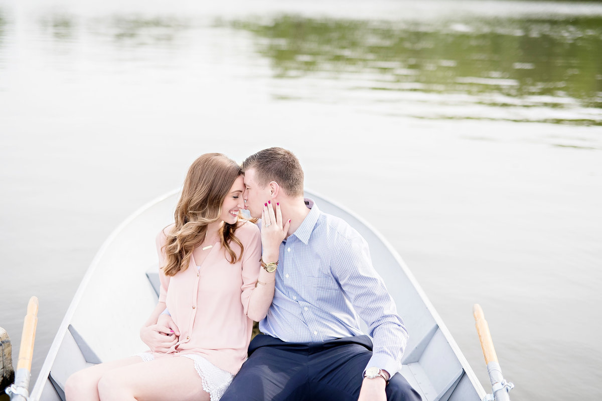 row boat stony creek metro park engagement photos