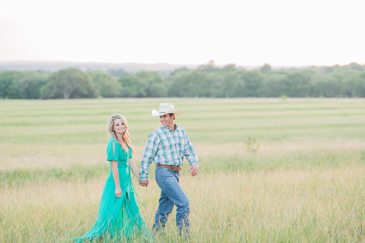Blanco Engagement Photographer