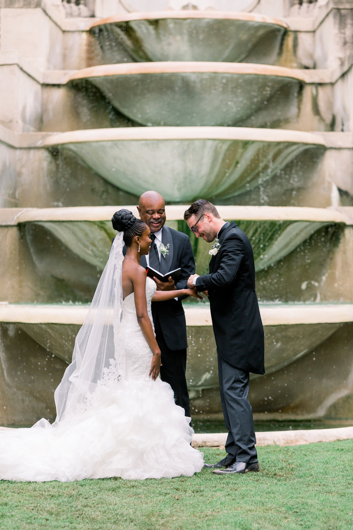 A joyful, romantic wedding at the Historic Swan House in Atlanta, Georgia.