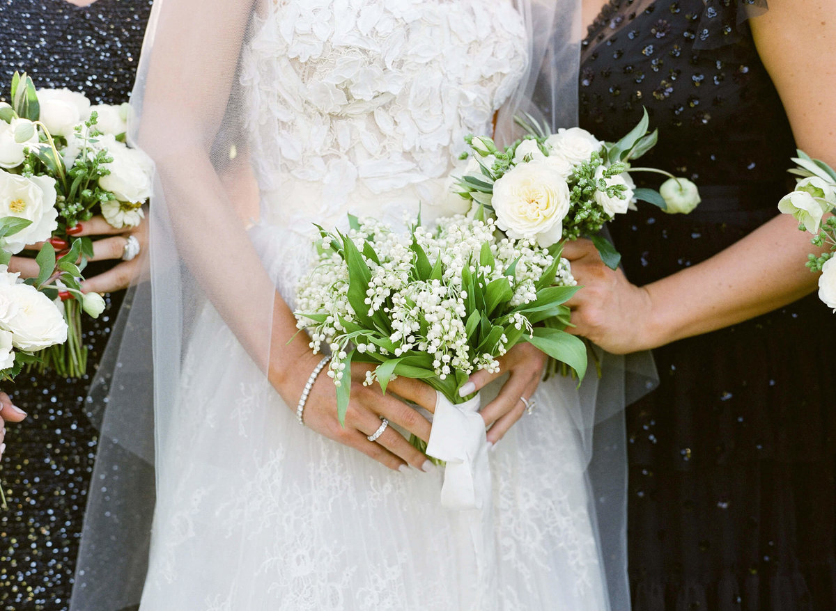 45-KTMerry-weddings-Max-Gill-Design-bouquets