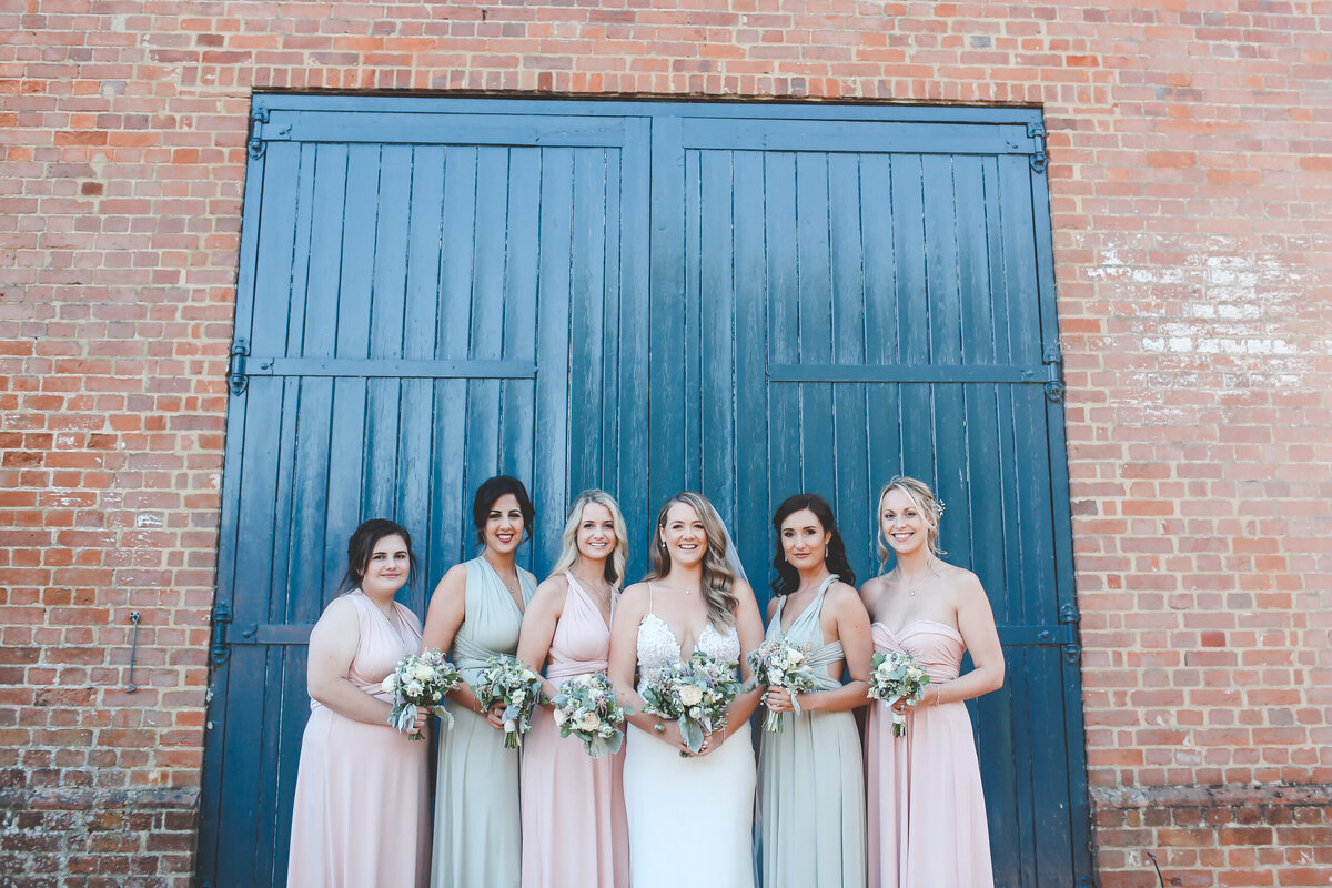 BURY-COURT-BARN-WEDDING-SUMMER-0072
