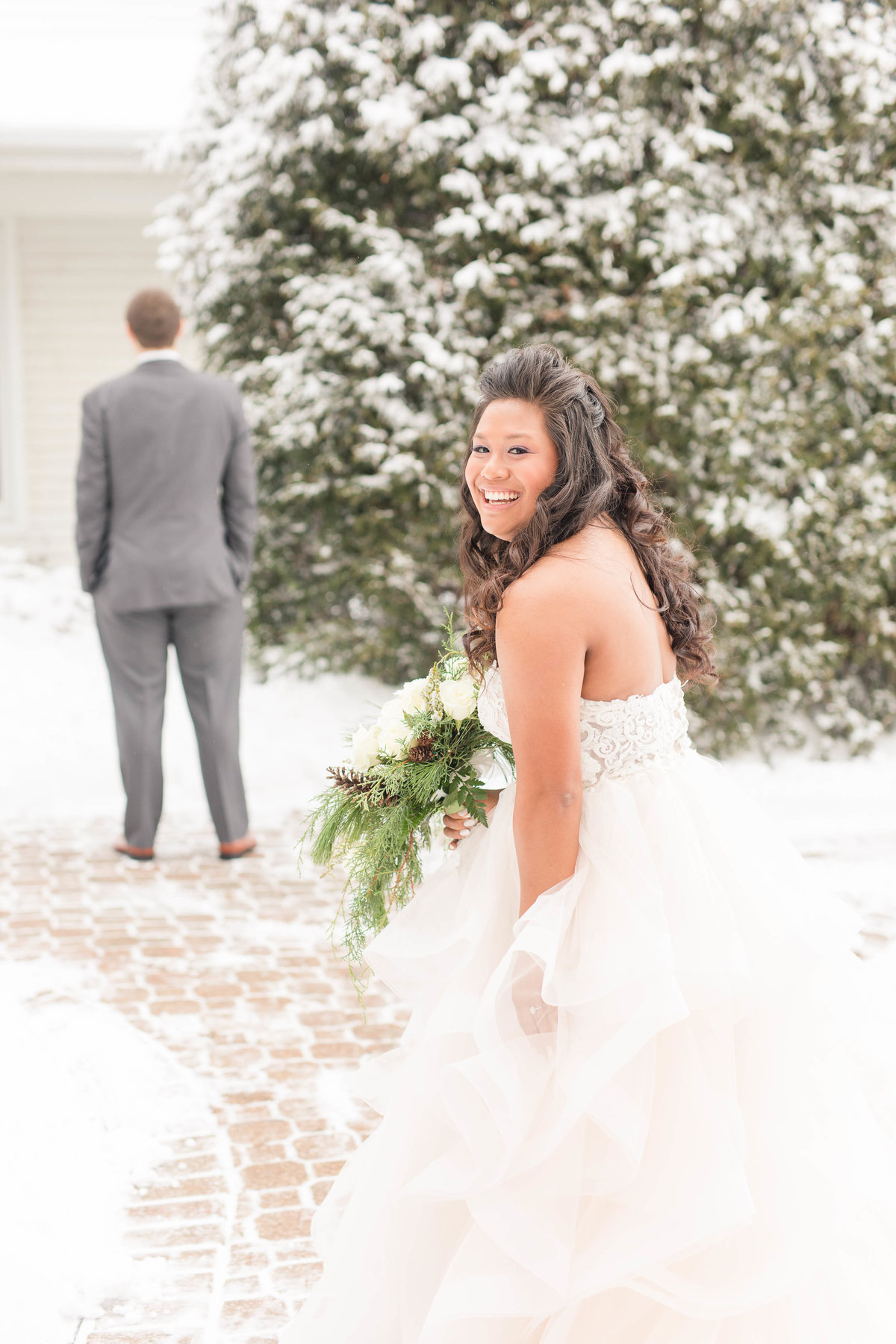 winter-wedding-wisconsin-katie-schubert-wisconsin-wedding-photographer-24