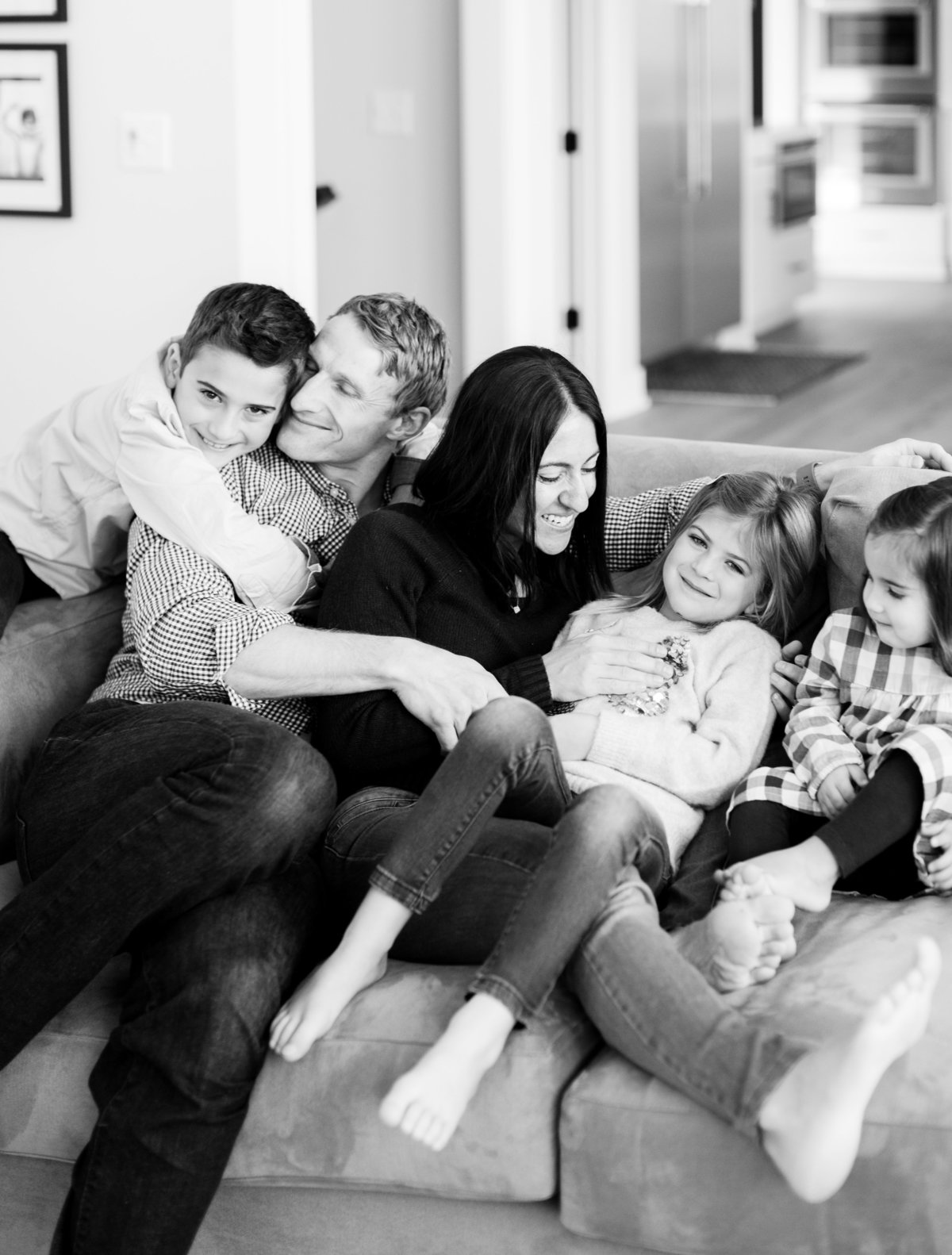 real life loves with family of five on couch
