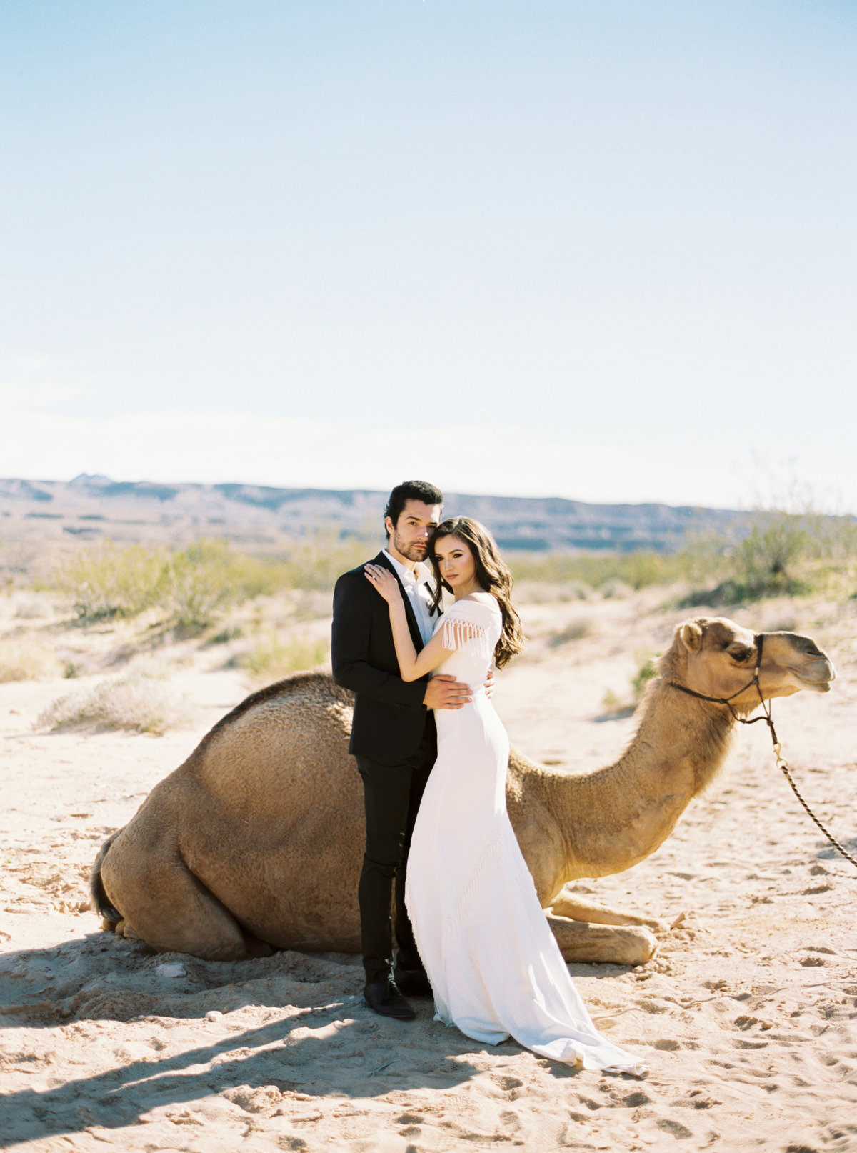 philip-casey-photography-desert-camel-editorial-session-11