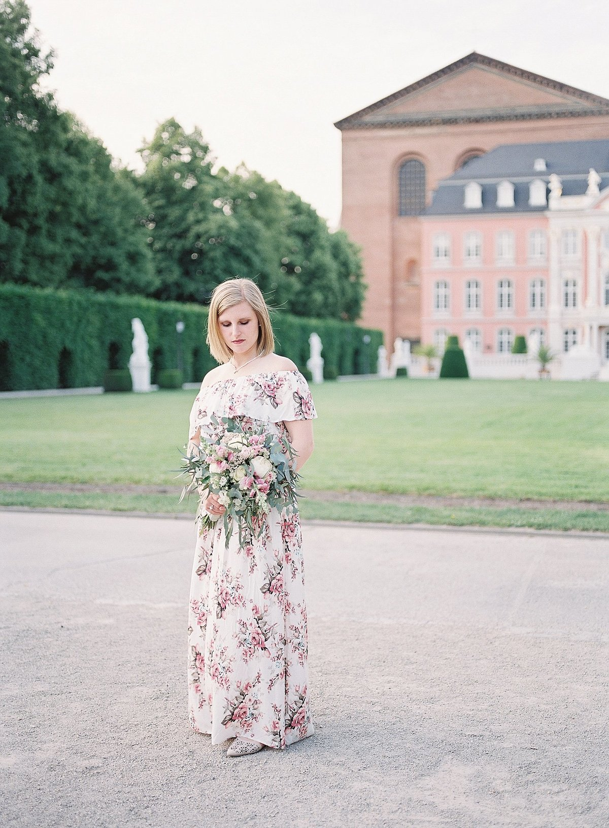 Romantic European Palace Anniversary Session photographed by France destination wedding photographer Alicia Yarrish Photography
