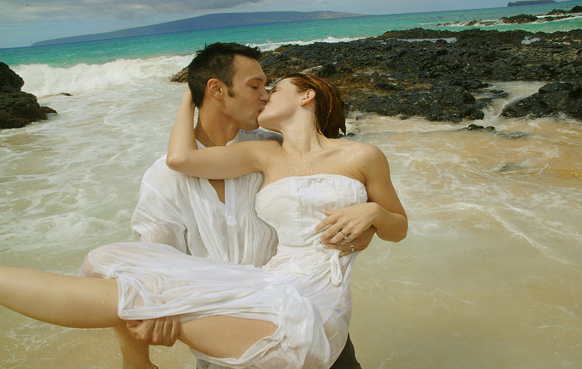 wedding-photography-maui-beach