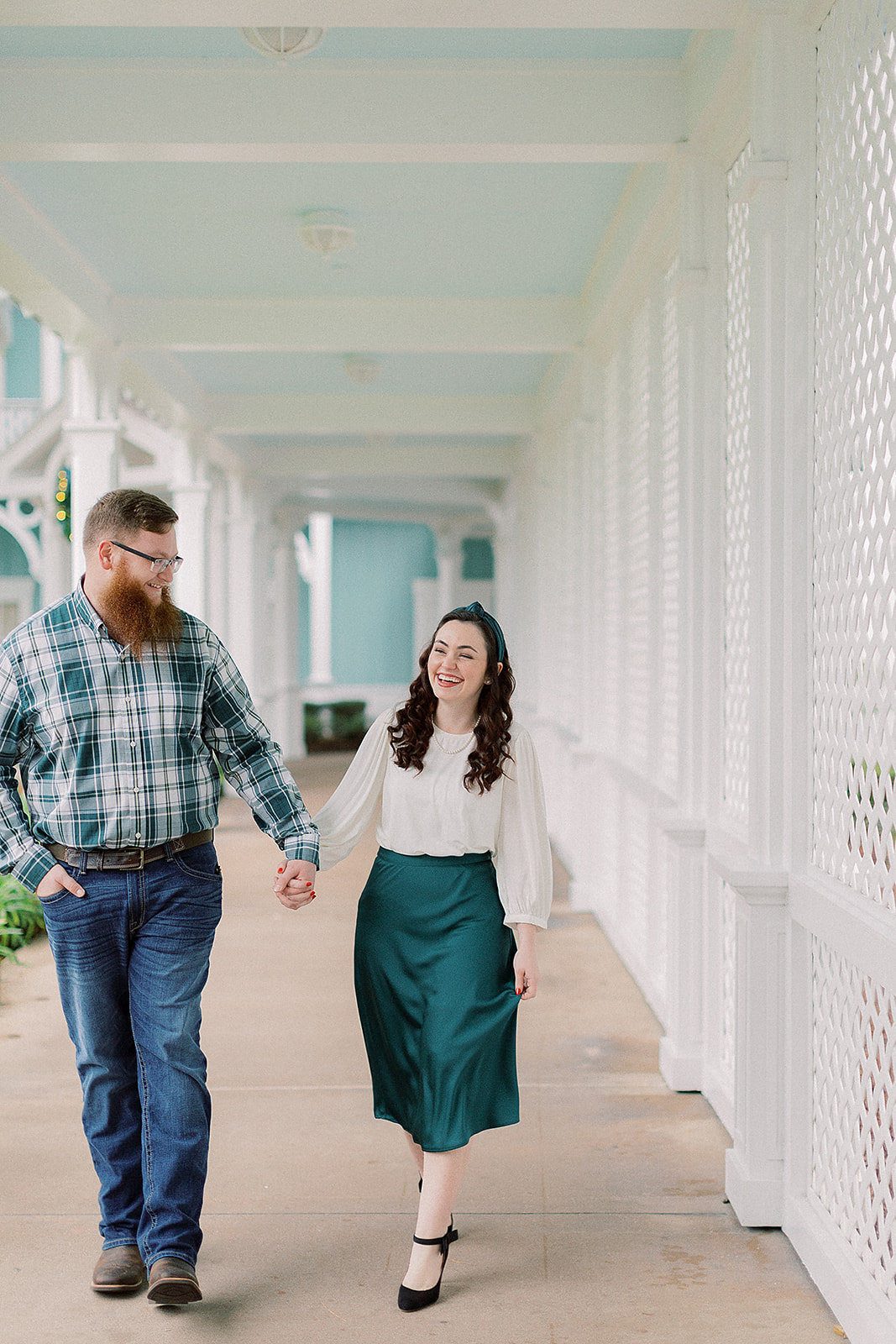 Cassidy_+_Kylor_Proposal_at_Disney_s_Beach_Club_Resort_Photographer_Casie_Marie_Photography-15